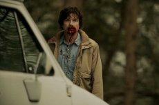 Serial zaczyna się jak typowy kryminał, a potem zamienia się w istny horror.