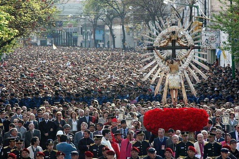 Procesja w mieście Salta w Argentynie.