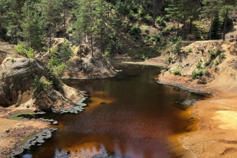 Purpurowe jeziorko to najstarsze z wszystkich czterech