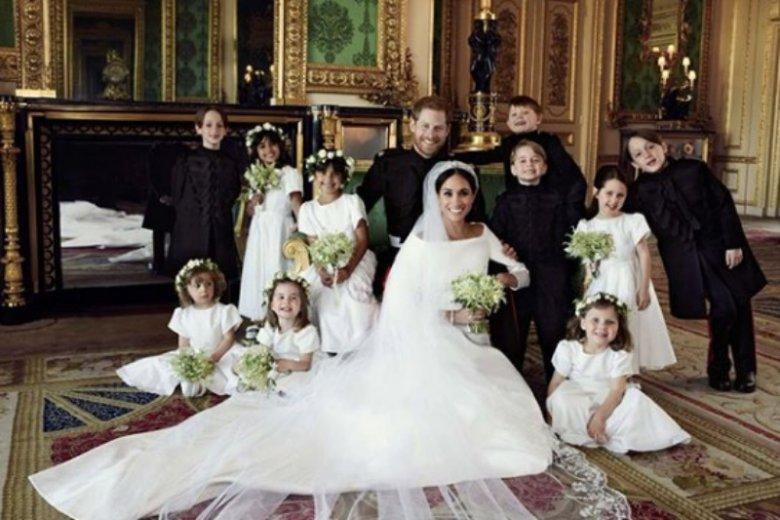 Oficjalne fotografie ślubne księcia i księżnej Sussex wykonał Alexi Lubomirski, fotograf polskiego pochodzenia