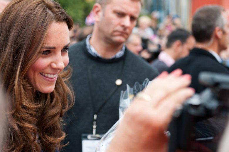 Kate Middleton słynie z pięknych, grubych włosów