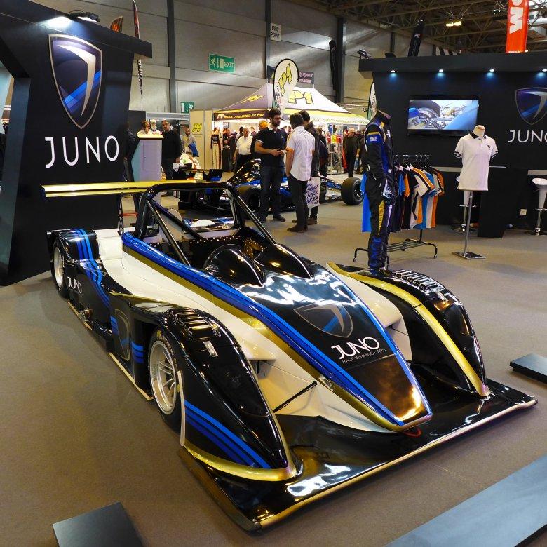W Wielkiej Brytanii działa mnóstwo małych producentów samochodów - Juno to jeden z nich.