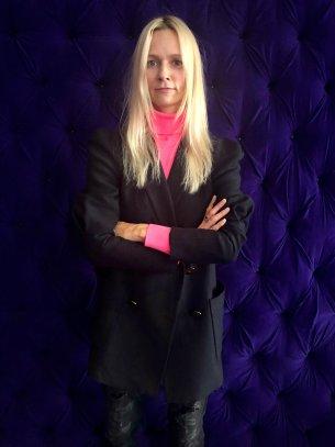 Content designer, storyteller. Przez 9 lat redaktor naczelna magazynu Glamour, obecnie współpracuje z organizacja Vital Voices.