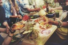 Spotkania towarzyskie bez alkoholu mają szansę być udane?