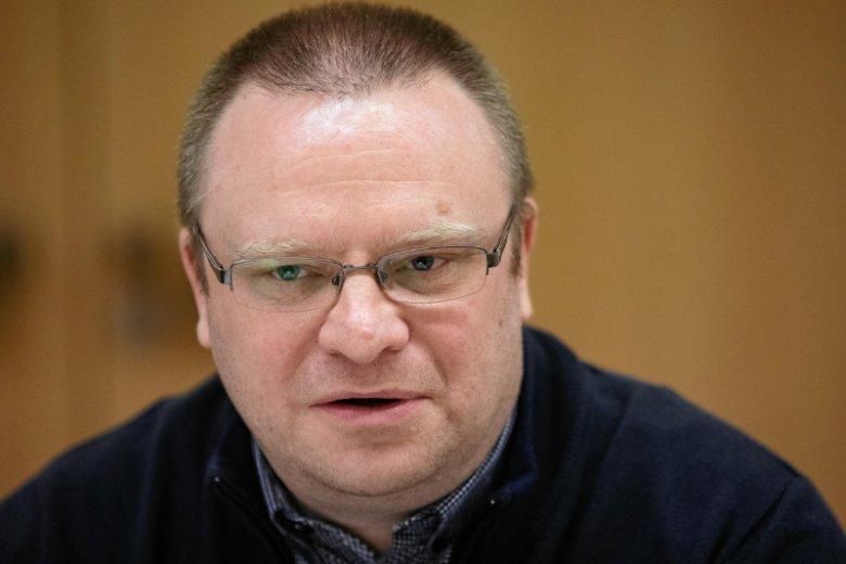 Zły, arogancki, wręcz autystyczny – takim stopniowaniem posłużył się Łukasz Warzecha opisując postawę Marka Kuchcińskiego.