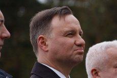 Media o. Rydzyka naciskają na Andrzeja Dudę. Prezydent stanął przed decyzją, którą na pewno narazi się którejś ze stron sporu.
