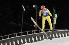 Kamil Stoch podczas wczorajszego treningu upadł podczas lądowania (zdjęcie przedstawia Stocha, ale nie feralny skok)
