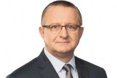 Senator Andrzej Misiołek z Platformy Obywatelskiej do Prawa i Sprawiedliwości.