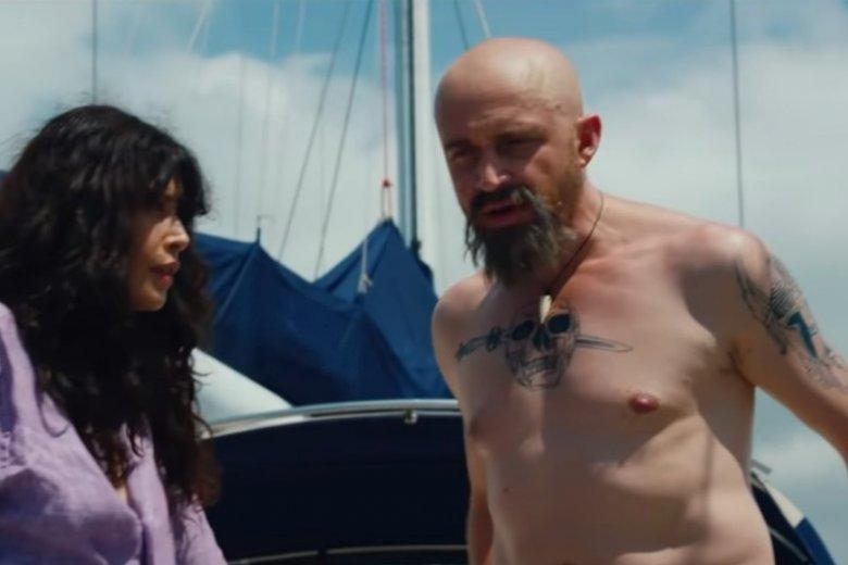 Piotr Adamczyk tym razem w roli bad boya. Pasuje mu taki wizerunek?