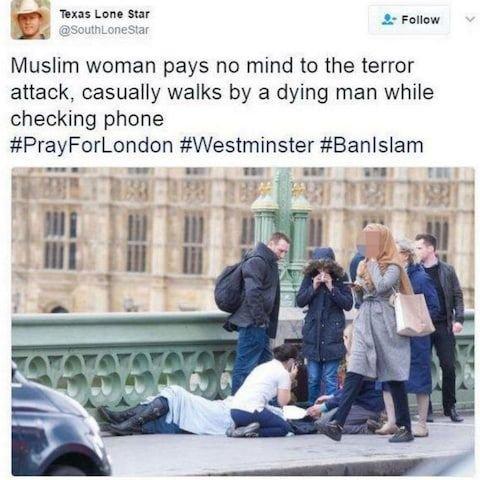 Przechodząca muzułmanka jest obojętna na los mężczyzny leżącego na chodniku? Tak twierdził rosyjski troll, podczas gdy część internautów argumentowała, że kobieta jest ewidentnie zszokowana tym, co widzi.