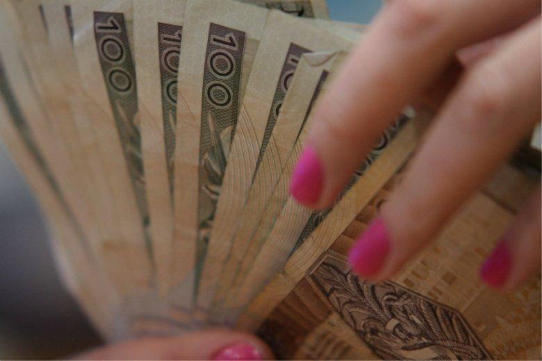 Polska kwalifikuje się do drugiej grupy, jeśli chodzi o wysokość płacy minimalnej w krajach UE.