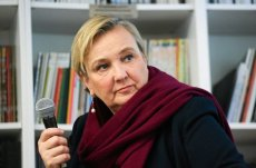 Telewizja Republika chce wydalić z Polski Różę Thun. Nie podobają się jej poglądy europosłanki PO, która ostrzega przed faszyzmem w Polsce.