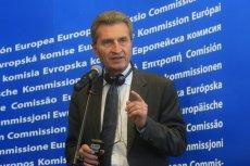 Komisarz Guenther Oettinger przyznaje, że Brukseli nie satysfakcjonują pisowskie zmiany w ustawach sądowych.