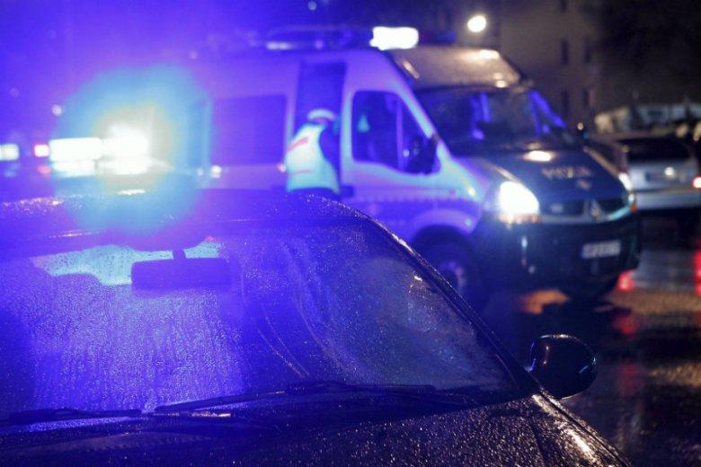 Pijany kierownik wydziału prewencji policji w Iławie został zatrzymany przez radiowóz. Marek O. miał  1,5 promila alkoholu we krwi.