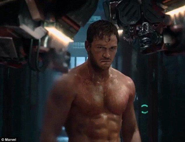 Chris Pratt jako umięśniony superbohater.