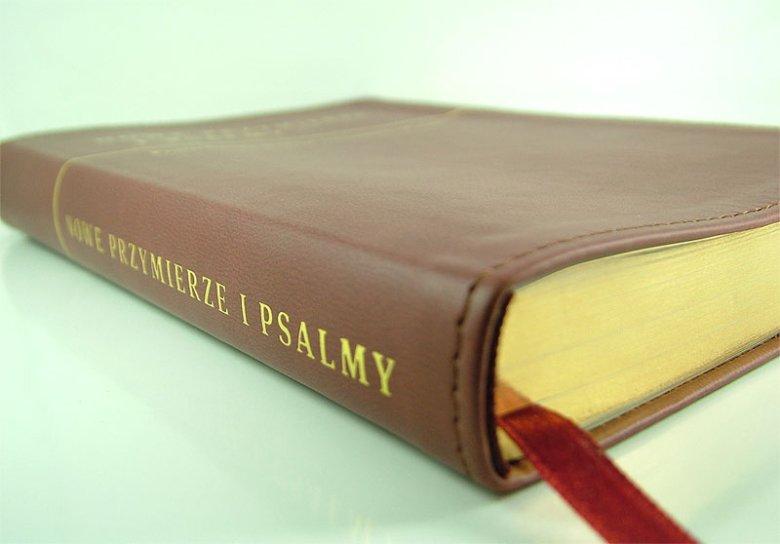 Nowe Przymierze i Psalmy w przekładzie Ewangelicznego Instytutu Biblijnego