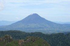 Wulkan Sinabung.