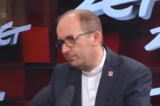 Ks. Marek Dec, zastępca dyrektora Caritasu powiedział, że przekazanie nagród ministrów nie było z nimi uzgadniane.
