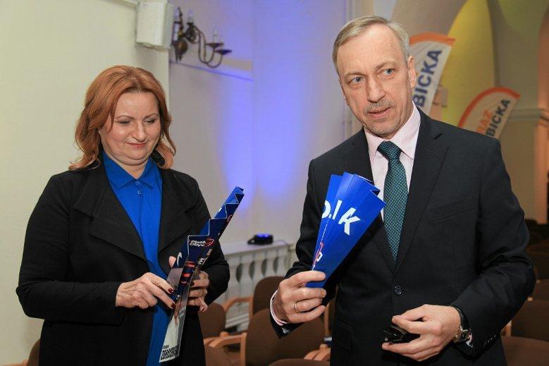 Zdrojewski ma krytyczne zdanie na temat kampanii KO, chociaż sam brał w niej udział.