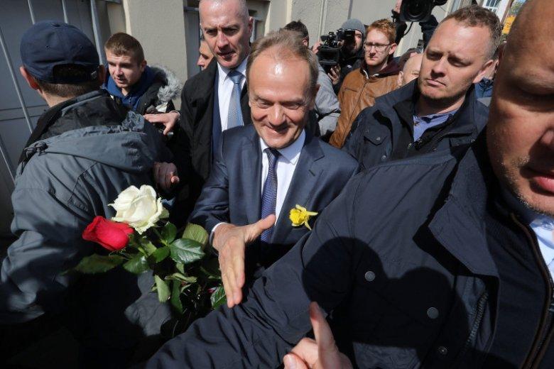 Powitanie Donalda Tuska w Warszawie.