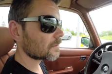 Jacek Braciak na YouTube opowiada, co sądzi o rządzie.