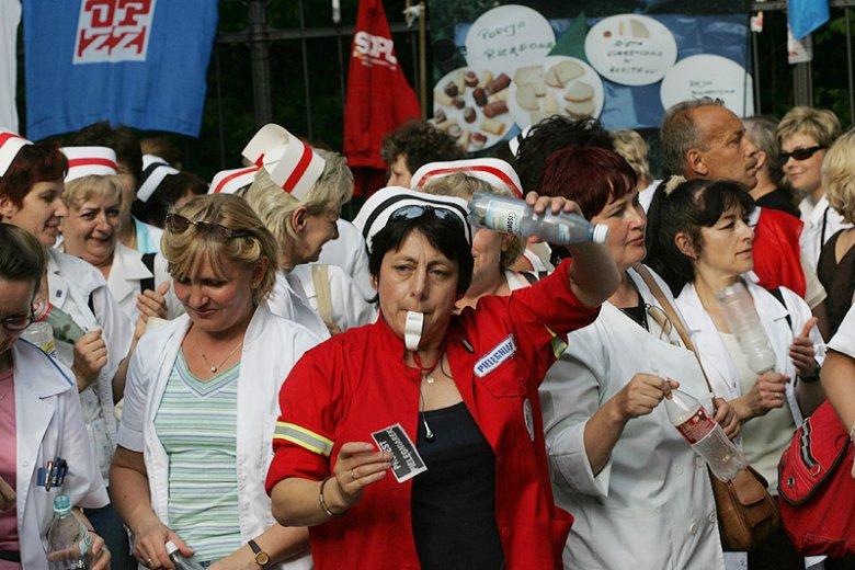 Przed walką z nowymi technologiami Jarosław Kaczyński nie zawahał się w 2007 roku podczas strajków pielęgniarek.