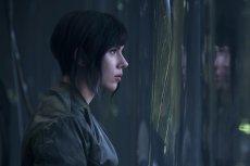 Scarlett Johansson w roli japońskiej agentki.