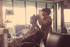 Zakłady fryzjerskie w dawnym stylu mają swój urok!