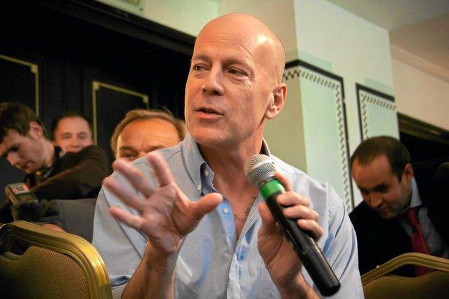 Nikt chyba nie ma wątpliwości, że Bruce Willis jest przystojnym facetem. Naprawdę nie ma znaczenia, że jest łysy.