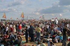 Organizatorzy chwalili się, że w tym roku do Lednicy przyjechało 80 tys. ludzi.