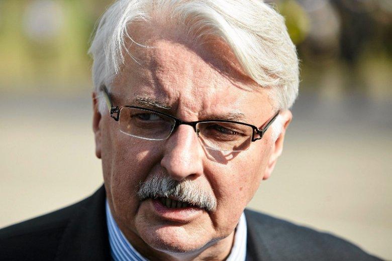 Minister Waszczykowski poleciał do USA, by zachęcać nową administrację do zaangażowania się w sprawę smoleńską. Właśnie dostał odpowiedź.