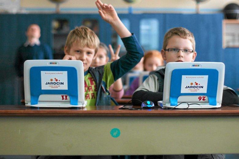 Są sposoby, żeby pierwsze chwile w przedszkolu i szkole nie były dla dziecka trudne.