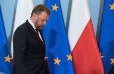 Polska jest małej grupce państw UE, gdzie nie słabnie pandemia koronawirusa.