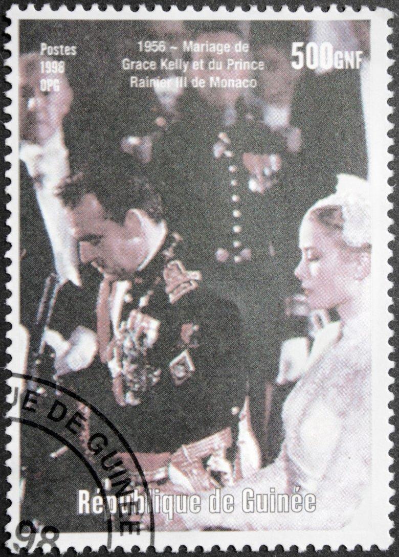 Znaczek pocztowy uwieczniający ślub księcia Monako z Grace