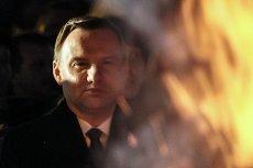 Andrzej Duda w mocnych słowach skrytykował europosłów Platformy Obywatelskiej, którzy poparli rezolucję Parlamentu Europejskiego wezwającą rząd Beaty Szydło do przestrzegania praworządności w Polsce.