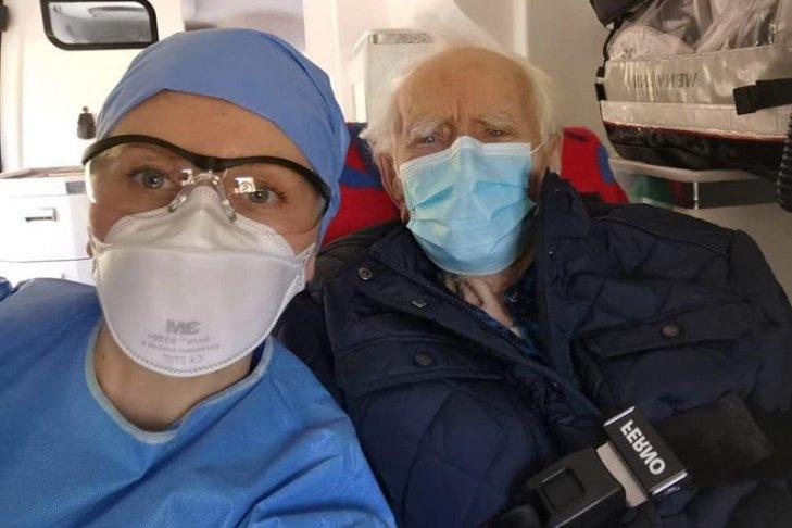 100-летний бывший польский партизан победил коронавирус. Он уже выписан из больницы в Варшаве