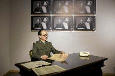Figura woskowa Wojciecha Jaruzelskiego. Czy po zdegradowaniu generała trzeba będzie odpruć gwiazdki także w Muzeum Figur Woskowych w Krakowie?