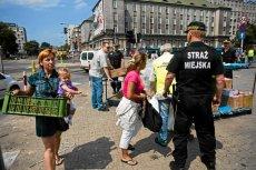 Strażnicy miejscy alarmują, że nowe przepisy pozbawią ich ważnych uprawnień.
