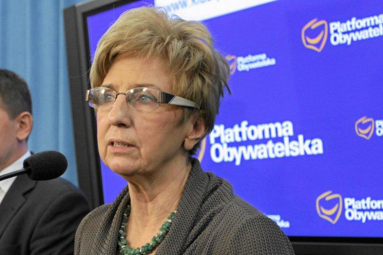 Ligia Krajewska jest podejrzana o przywłaszczenie blisko 320 tys. zł na szkodę Fundacji Szkoły Społecznej w Warszawie.