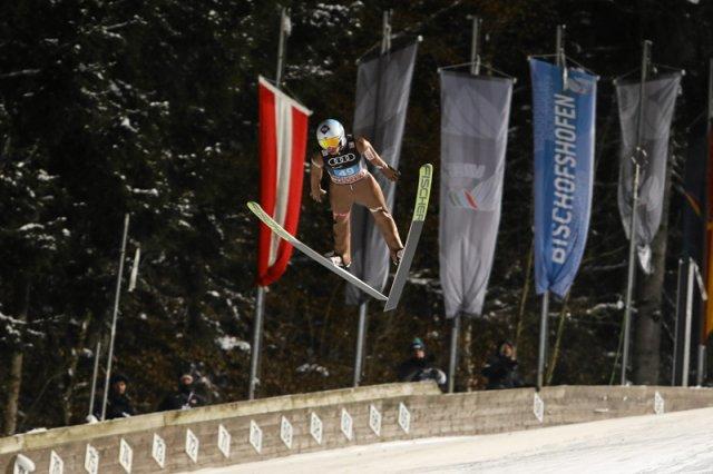 Kamil Stoch wygrał w konkursie Bischofshofen i w całym Turnieju Czterech Skoczni! Piotr Żyła zajął trzecie miejsce w piątkowym konkursie i drugie w klasyfikacji generalnej!