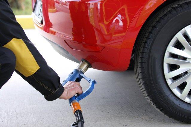 Ceny LPG na stacjach rosną, kierowcy złorzeczą, a fiskus zaciera ręce.
