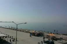 Widok z hotelu w nadmorskiej miejscowości Durrës w Albanii
