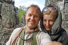 Asia i Jarek zaczęli podróżować na własną rękę po tym, jak 2011 roku mężczyzna trafiłdo szpitala.