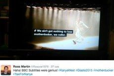 Napisy towarzyszące transmisji  koncertu Kanye'go Westa wywołały rozbawienie na Twitterze