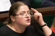 Krystyna Pawłowicz twierdzi, że nie została zwolniona z uczelni w Ostrołęce.