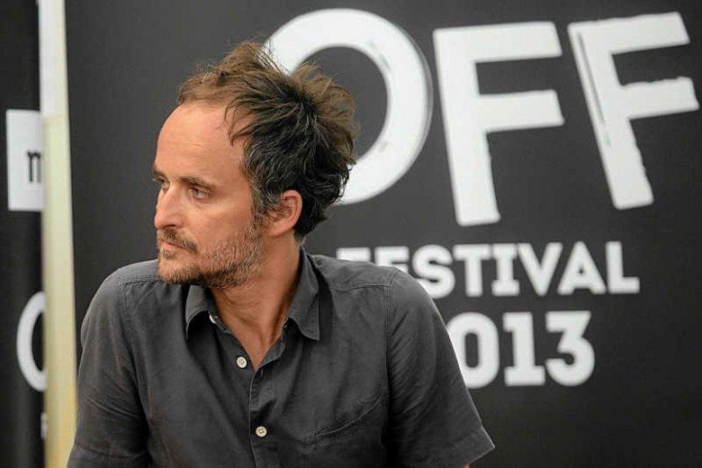 Przed tegoroczną edycją OFF Festival Artur Rojek musi poradzić sobie z buntem artystów.