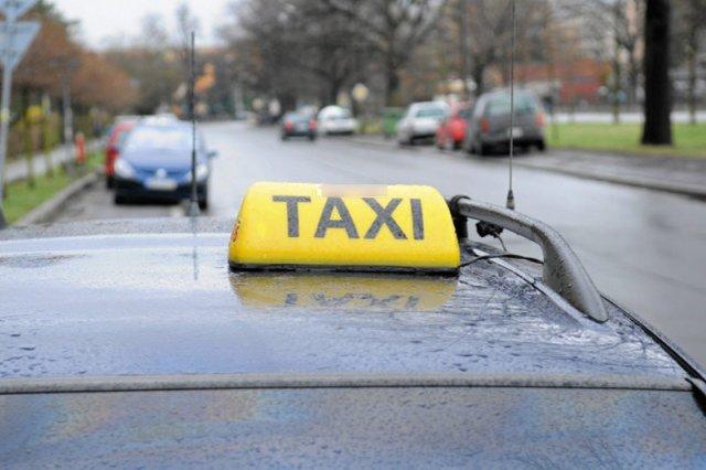 Wojna warszawskich taksówkarzy z kierowcami Ubera trwa w najlepsze