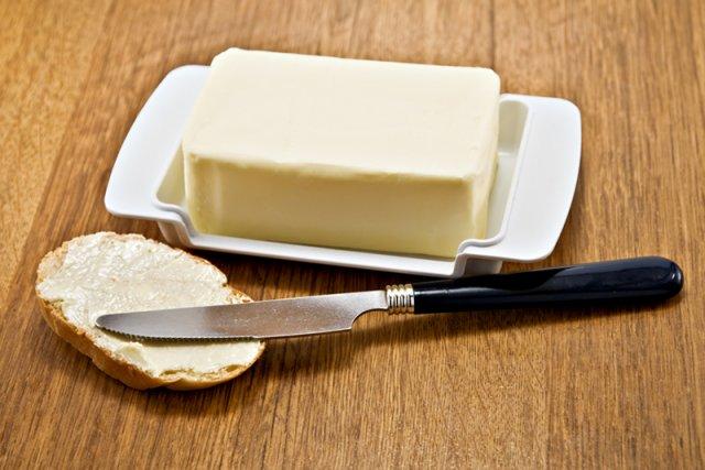[url=http://shutr.bz/1cfPEot]Masło czy margaryna? Naukowcy obalają wielki mit. Góral: Jasna sprawa, że masło[/url]