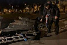Policja zatrzymała nad ranem trzech mężczyzn, którzy obalili pomnik księdza prałata |Henryka Jankowskiego.