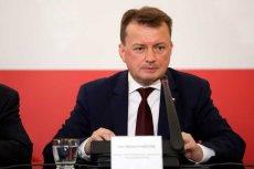 """Mariusz Błaszczak """"uszczelnia"""" granice przed imigrantami."""